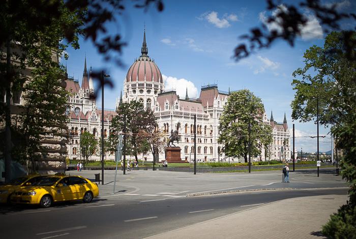 Kossuth-tér1